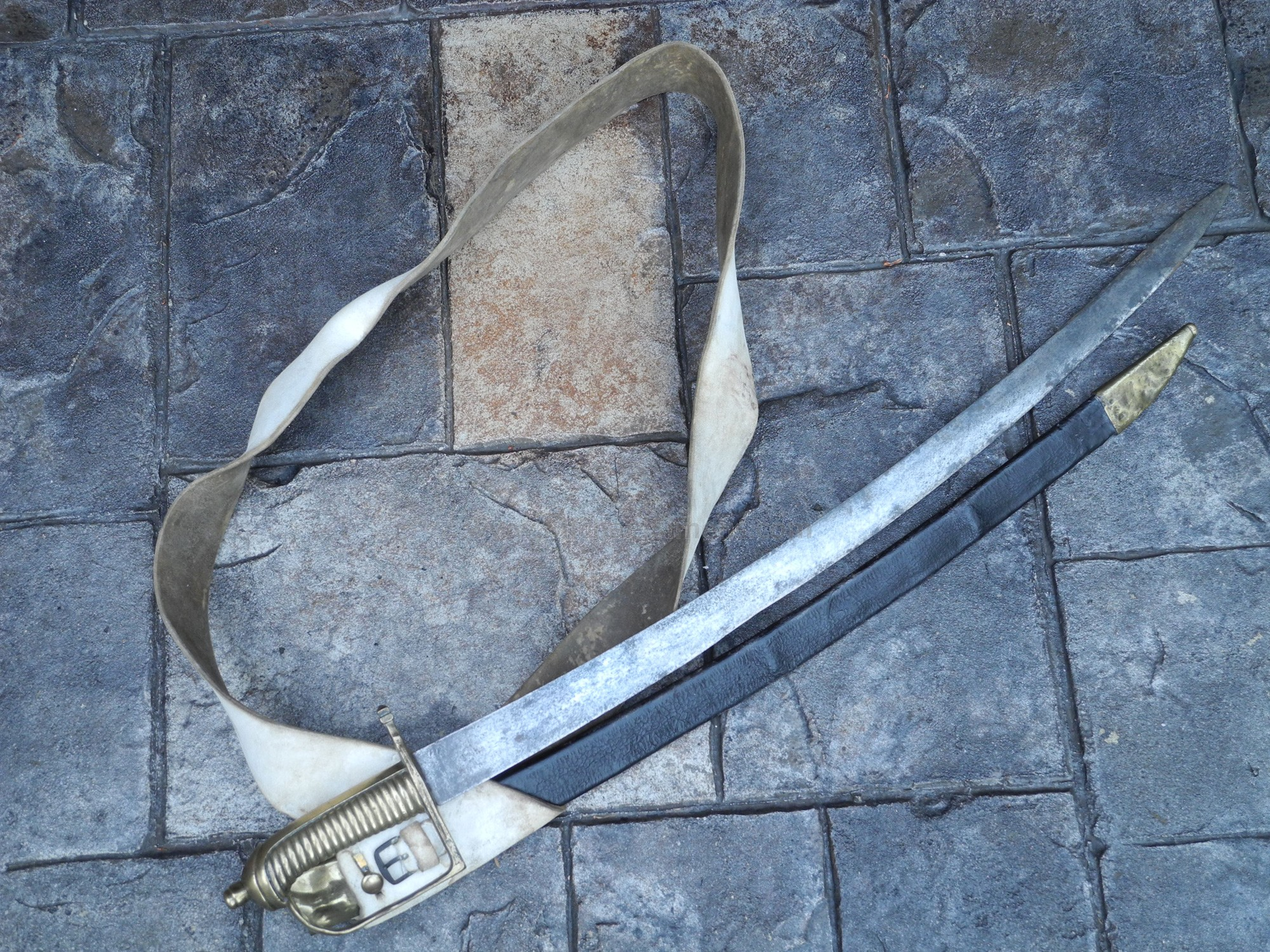 NAPOLEONIC SWORD, MODEL 1767 FRENCH BRIQUET WITH ORIGINAL BELT AND FROG