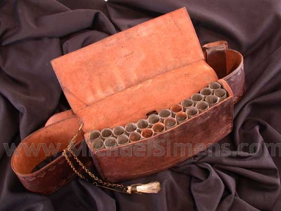 FEDERAL PERIOD MILITIA BELLY BOX.