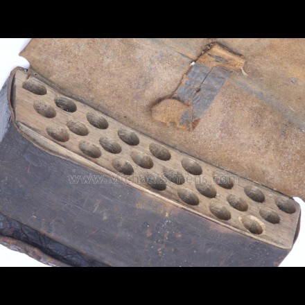 REVOLUTIONARY WAR CARTRIDGE BOX