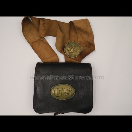 CIVIL WAR CARTRIDGE BOX WITH ORIGINAL STRAP AND PLATES